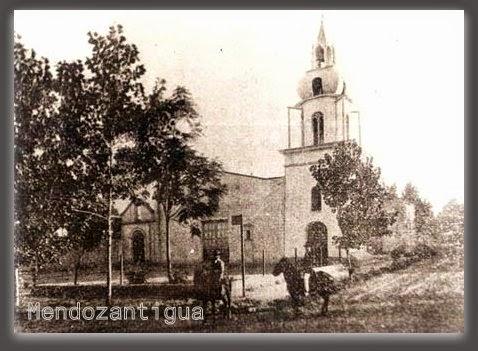 Iglesia Nstra. Sra. de la Carrodilla, en el distrito Carrodilla, Lujan de Cuyo, Mendoza - 1910 450x323. de la Carrodilla, en el distrito Carrodilla - 1910