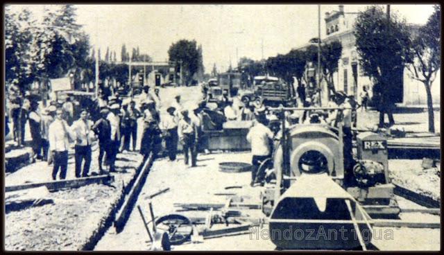 Comienzo del Asfalto en Calle San Martín y Saenz Peña BN